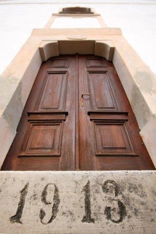 11 portal cerkev DM